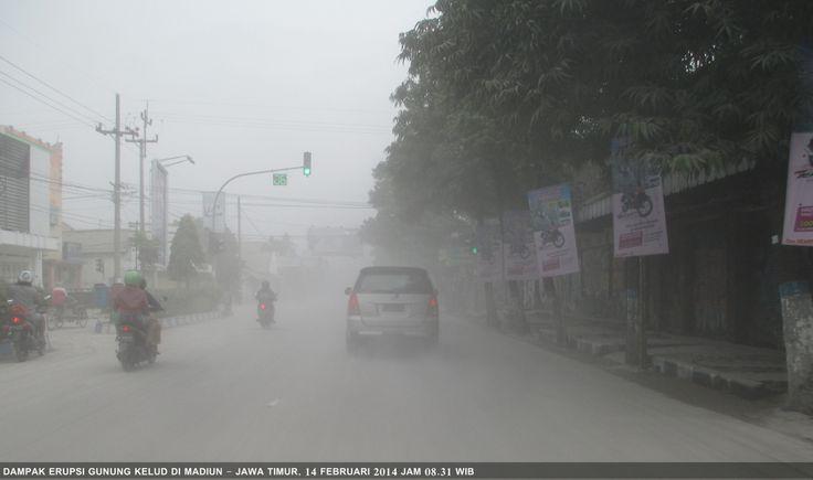 Dampak erupsi gunung Kelud di Madiun - Jawa Timur / 14 Februari 2014