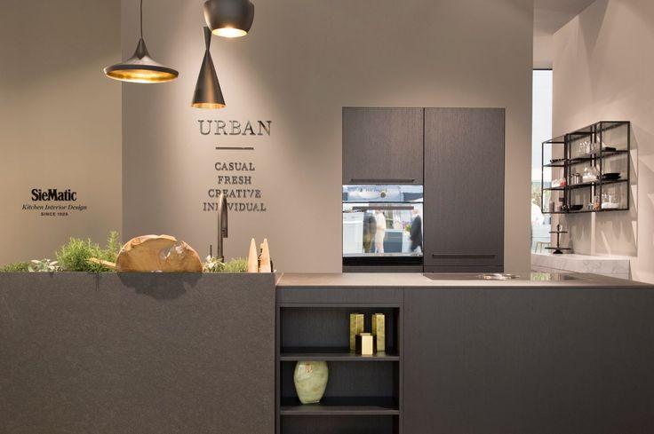SieMatic URBAN - black oak - nero assoluto - lighting Tom Dixon - oven V-Zug