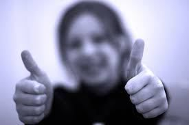7 pasi simpli prin care poti fi o persoana pozitiva
