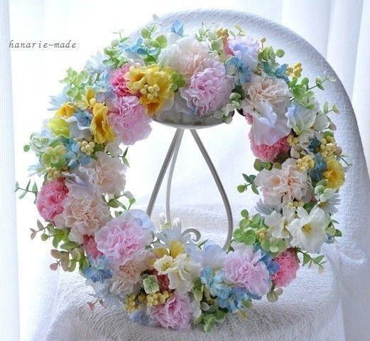 pastel color carnation wreath - はなりえmade