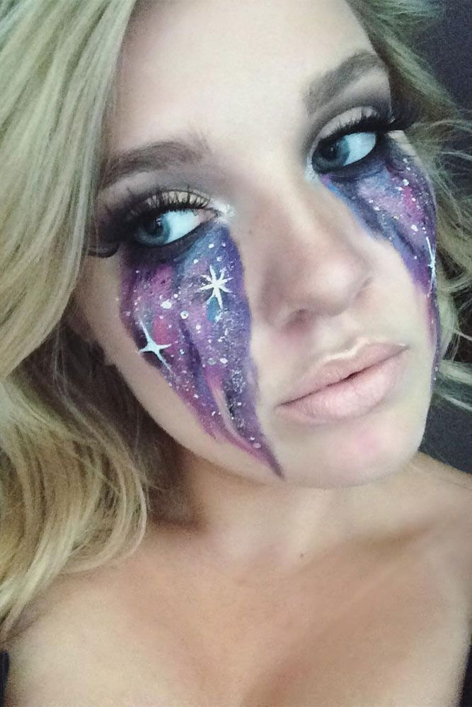21 Galaxy Makeup Looks - Creative Makeup Ideas for Extraordinary Girls ★ See more: http://glaminati.com/galaxy-makeup-looks/