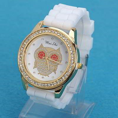 Diamond Decorated Owl Pattern Design White. Fashionable with passion REPIN if you like it.😊 Only 107 IDR