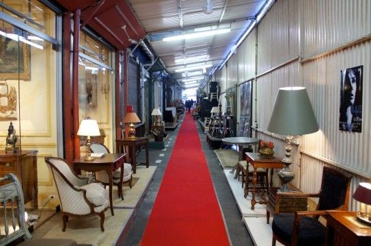 Vintage Furnishings: Paris Flea Market