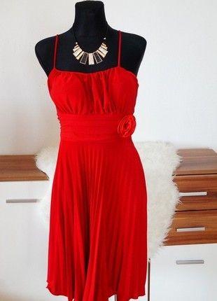 Dámské červené společenské šaty