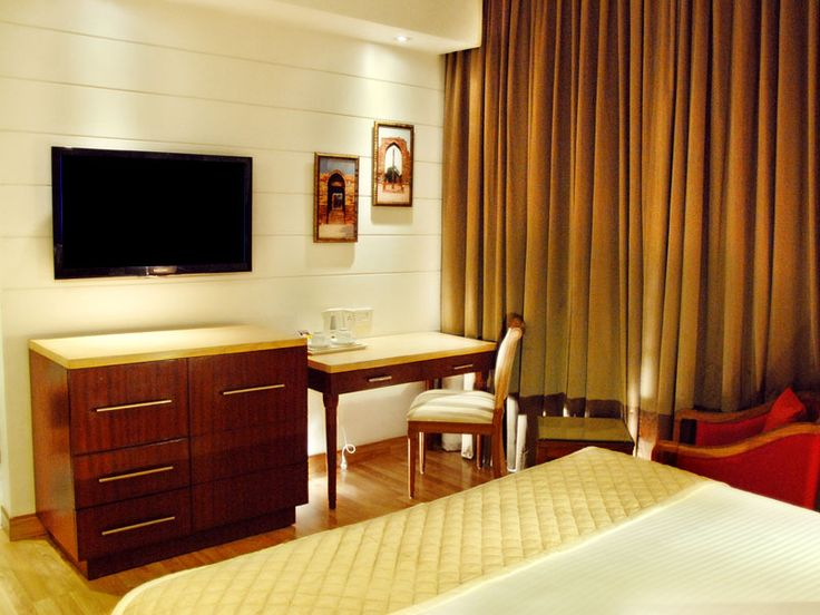 Hotel Jivitesh understands comfort, leisure & luxury. Every thing in special packages at the cheap luxury hotels in delhi.