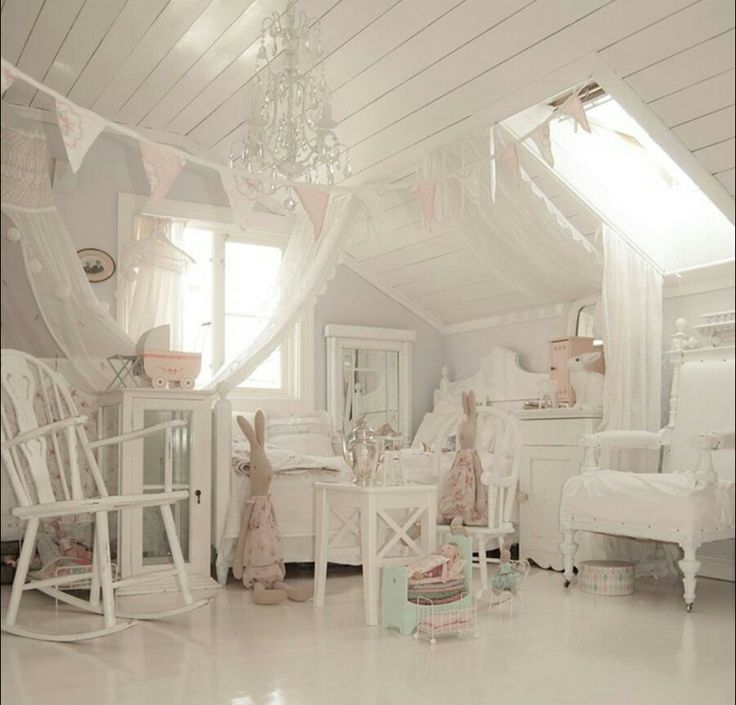 Shabby and Charming: Shabby chic style at home Solvi