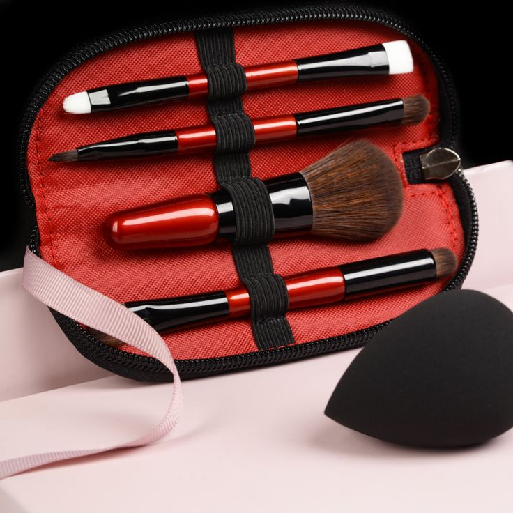Travel Brush Set #brush #brushset