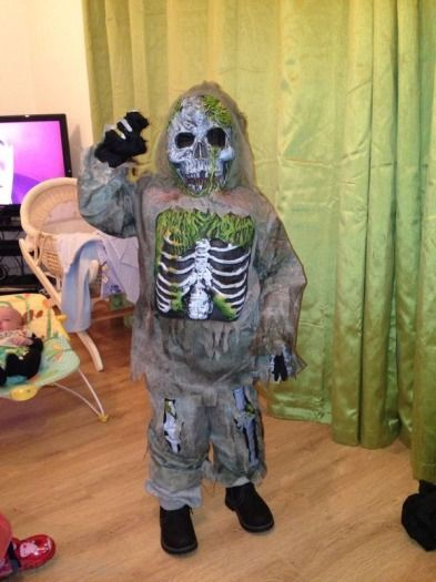zombie astronaut costume - photo #25