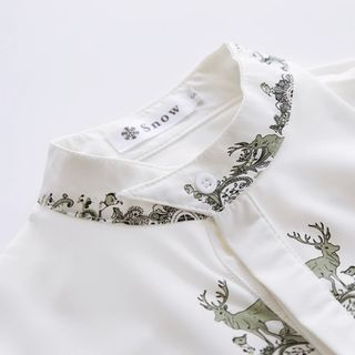 Buy Bonbon Deer Print Shirt at YesStyle.com! Quality products at remarkable prices. FREE WORLDWIDE SHIPPING on orders over US$35.