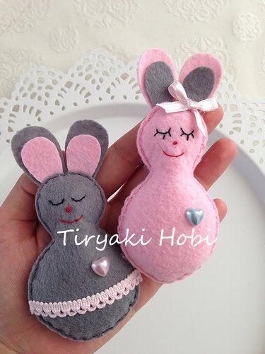 cute felt bunnies / felt rabbits