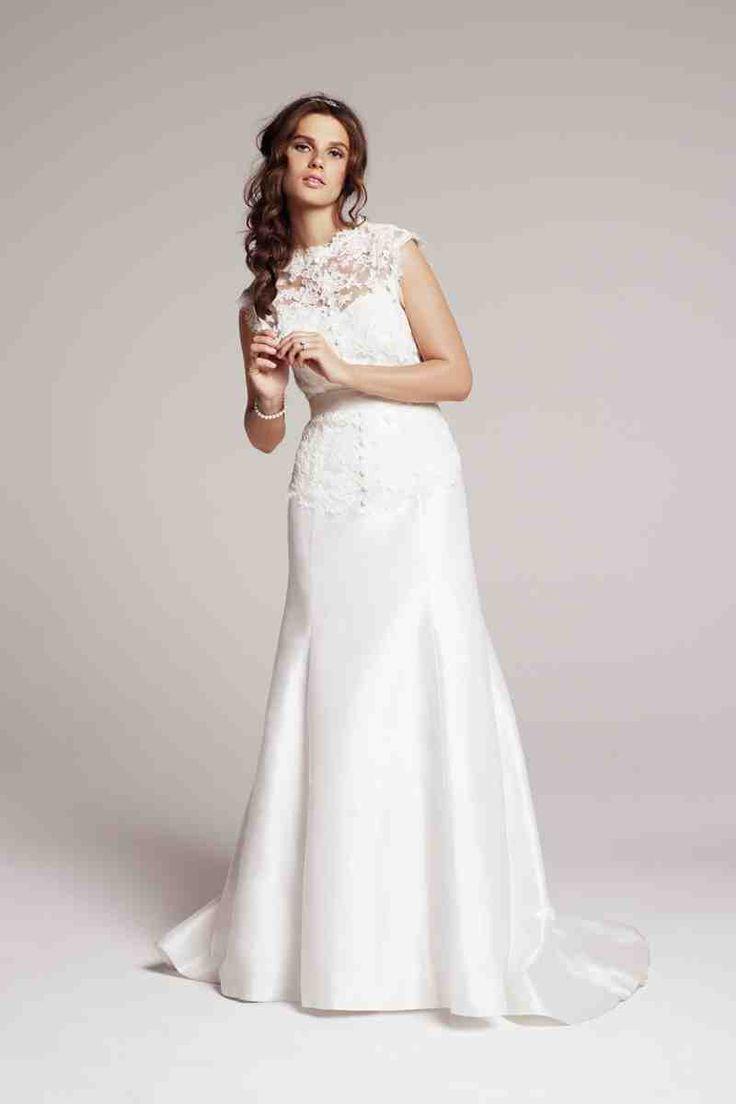 De 26 bedste billeder fra satin wedding dresses på Pinterest