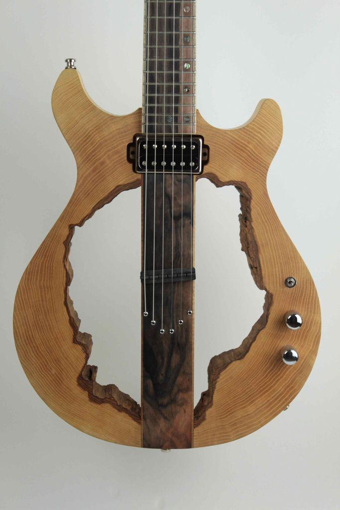 Gabin Graff Crazy Guitar 3 Customguitars Gabin Graff Crazy Guitar 3 Guitar Luthier Guitar Guitar Design