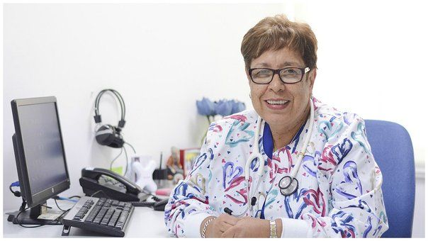 María Berenguel, past president de la Sociedad Peruana de Cuidados Paliativos. Especialista indica que se viene impulsando el soporte a los cuidados paliativos en los centros de salud. Por Marjorie Aguilar Toledo Fotos:Diana Marcelo. o sentir dolor es un derecho de cualquier persona natural. En el caso de las personas que sufren un cáncer terminal, …