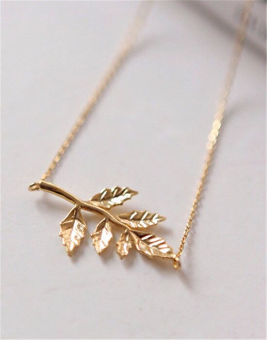 Gold leaf necklace http://www.peachiecream.co.uk/#!product/prd1/3471726811/gold-leaf-necklace