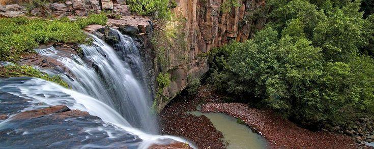 Aculco, pueblo con encanto. Entre peñas y cascadas se encuentra Aculco, una de las poblaciones más bellas del Estado de México.