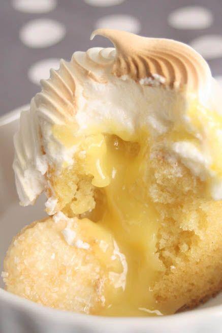 Lemon Meringue Cupcakes with Mini Pie Crust Cookies