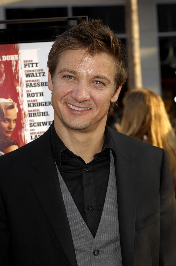 Jeremy Renner's charming smile is the inspiration for Darren Blaine.