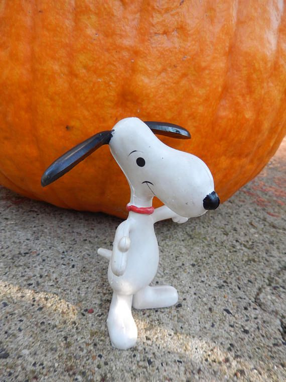 SNOOPY Rubber Bendable Beagle Dog Toy Figure United Features