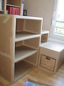 TUTO Meuble carton avec 1 elt bas - 1) http://cartons-et-creations.over-blog.com/article-construction-d-un-meuble-en-carton-en-images-105166496.html - 2) http://cartons-et-creations.over-blog.com/article-construction-d-un-meuble-en-carton-suite-105951260.html - 3) http://cartons-et-creations.over-blog.com/article-construction-d-un-meuble-en-carton-suite-106672313.html - 4) http://cartons-et-creations.over-blog.com/article-construction-d-un-meuble-en-carton-etape-peinture-107862977.html