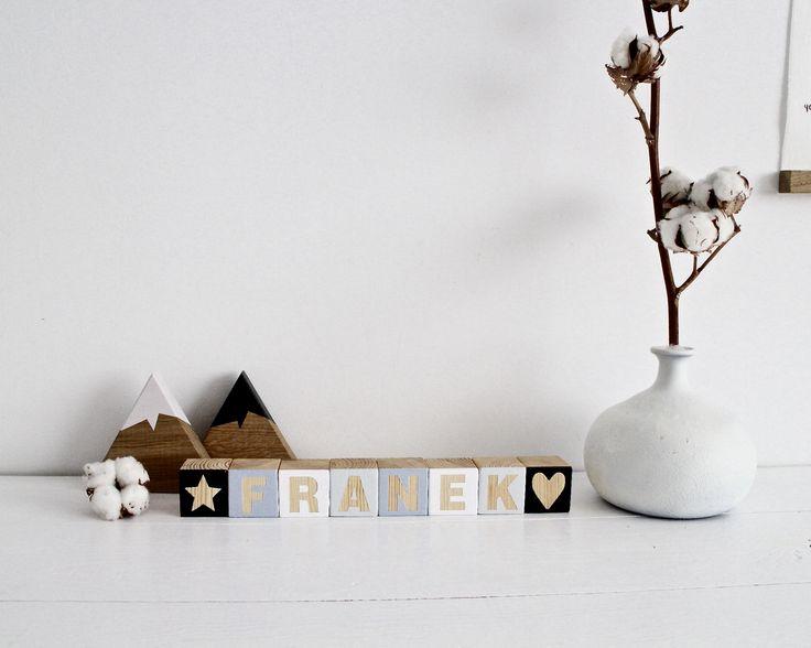 drewniane klocki z literkami - manufaktura miło