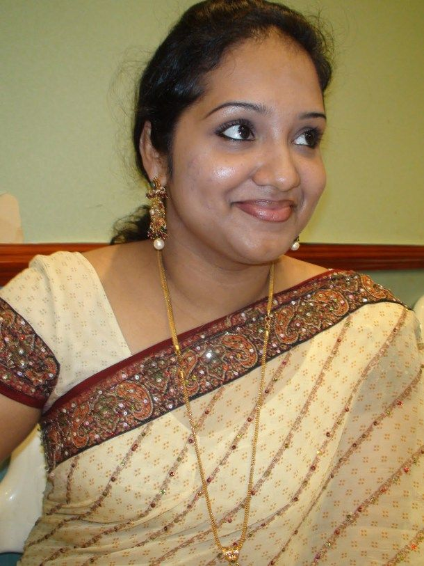 Tamil Brahmin Women Uae Dubai Image Photo  Women Girl-5895