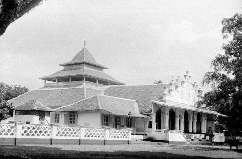 Moskee Garoet, Masjid Garut, 1900-1926