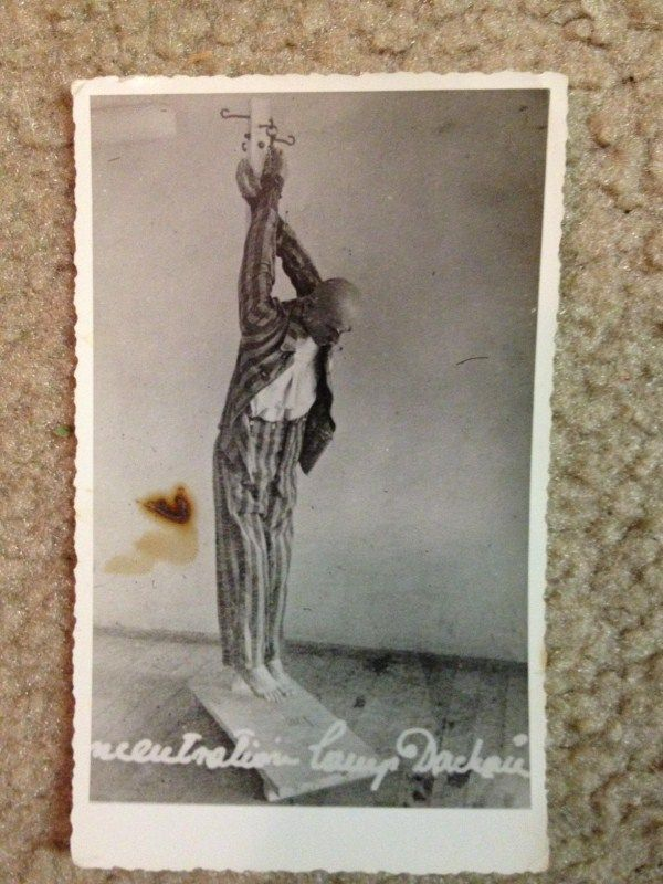 Holocaust Photos (37 photos)