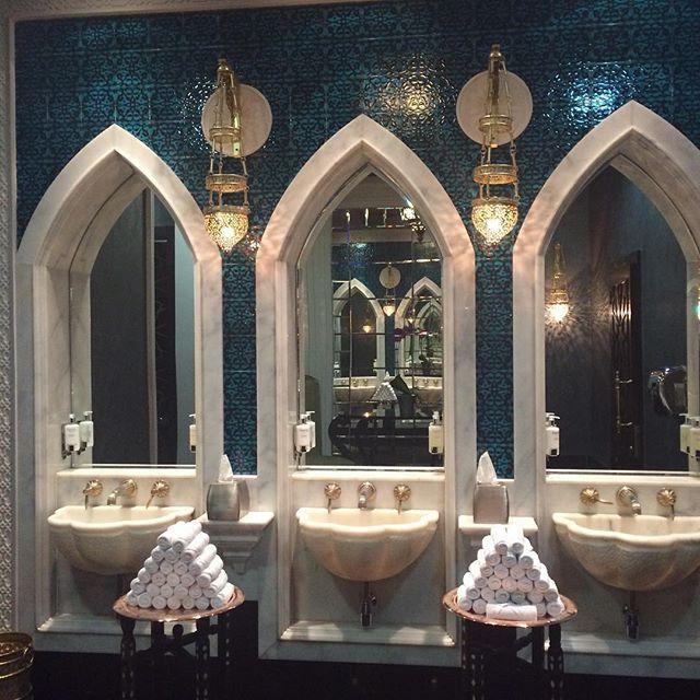 seashell sinks. turqiouse tiles. ladies bathroom at jumeirah zabeel saray, dubai