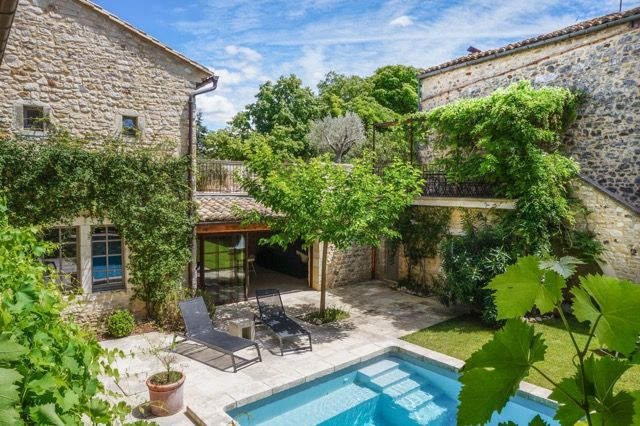 Rue Des Villas Avignon