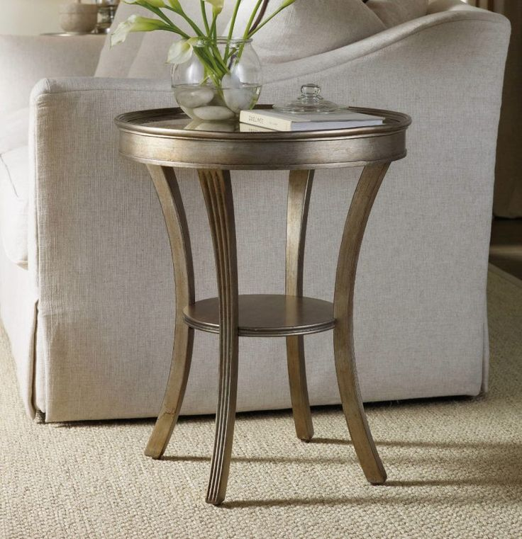 Good Modern Design #moderndesign Modern Side Table #whitedesign White Side Table  #livingroomdesign Modern Living