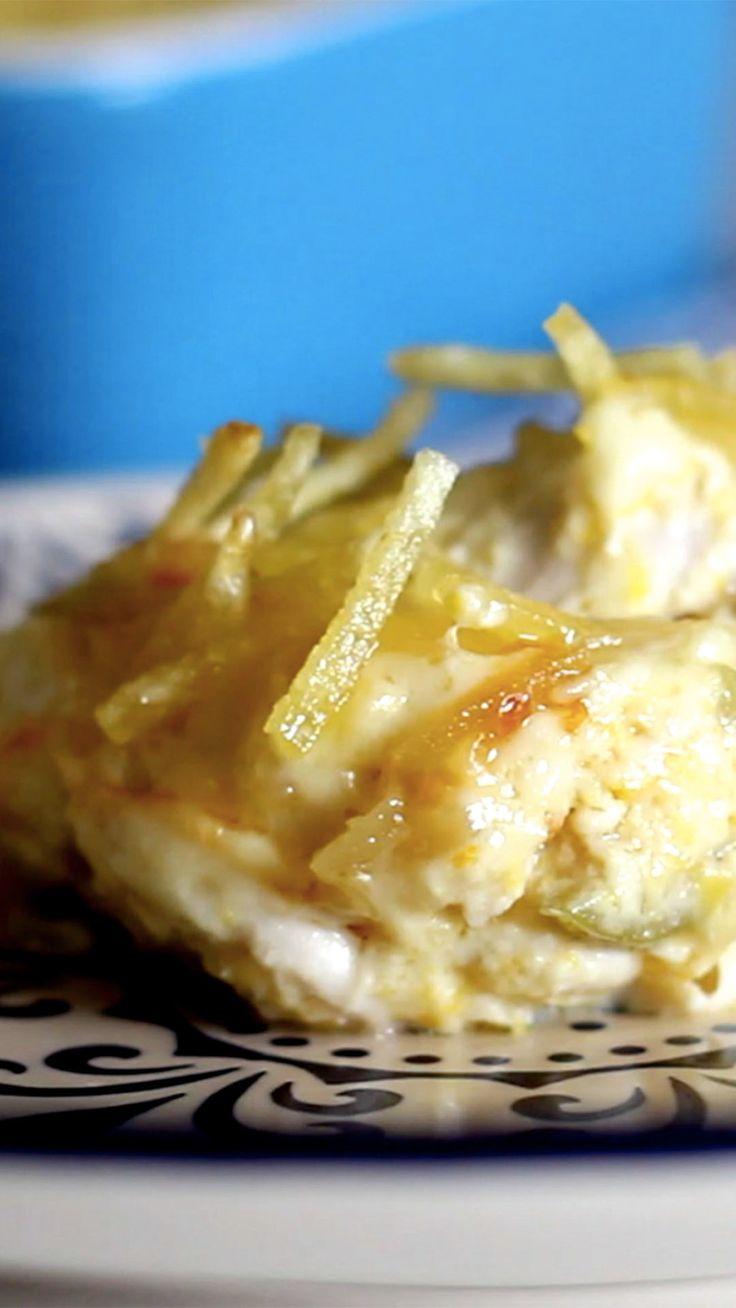 Fricassê de frango é ótimo e super prático de preparar em casa. #receita #fricasse #frango