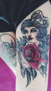 new one! #tattoo #sarahbbolen #oldschool #compass #women #woman #transitoriness #beauty