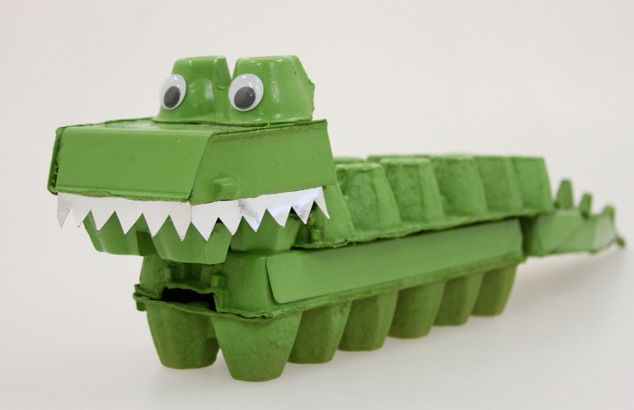 Rethink your rubbish and turn your old egg cartons into a very snappy crocodile. Full tutorial on the blog.