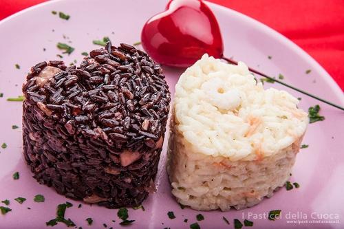 Riso nero con calamari, riso bianco con gamberetti e salmone