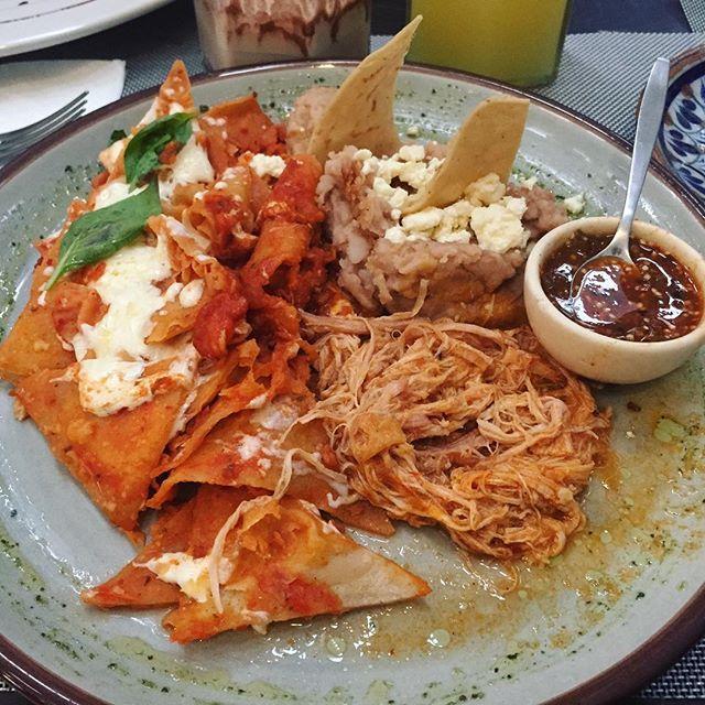 #chilaquiles #tlaquepaque #guadalajara #food #foodgasm #photooftheday #picoftheday #mexico #mexicanfood #blogger #foodblogger #delicious #cocinamexicana