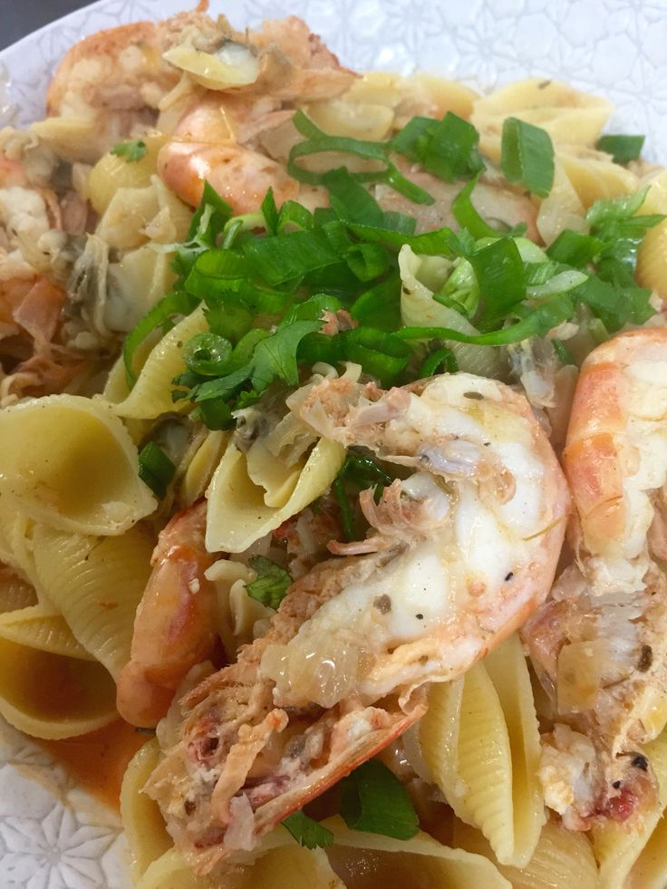 Vongole and prawn pasta