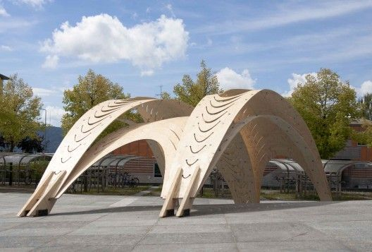 Pavilion / EmTech (AA) + ETH | Based on bending behavior under the self-weight of over-sized sheets of plywood of up to 11 x 2.5 m, the design activates the material properties as the defining element in the transfer of forces.