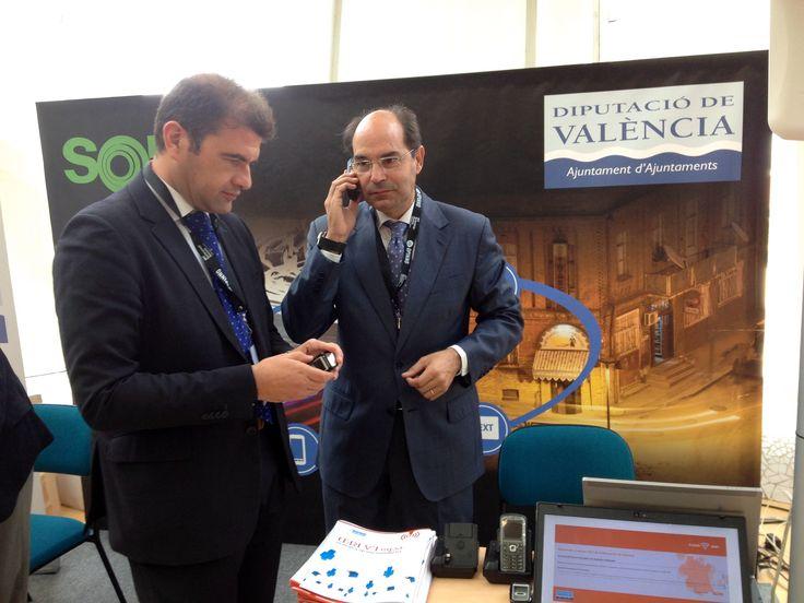 Jose Manuel Haro en el stand de la Diputación en el congreso anual de tecnologías emergentes MIT EmTech España
