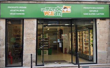 magasin parisien un  monde vegan  64 rue Notre-Dame de Nazareth - 75003 Paris M° Strasbourg St-Denis (sortie 2, rue St-Martin) ou M° République