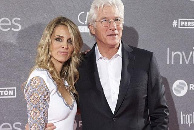 15 casais famosos que não veem problemas na grande diferença de idade