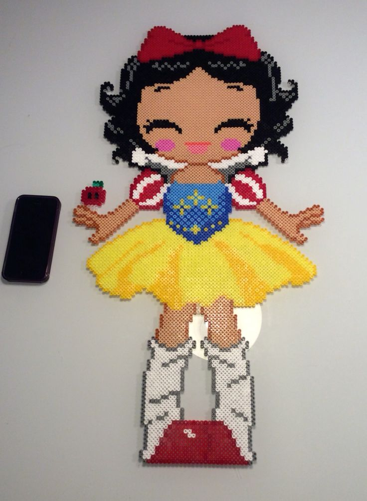 Snow White hama perler beads by Patricia Pedersen