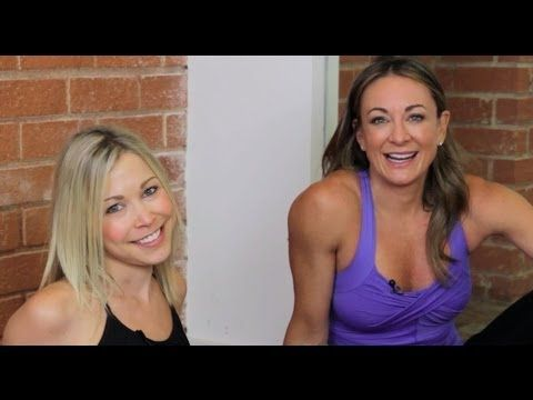 Michelle Bridges shows GiGi some quick core exercises you can do with limited space and time. Check it out! #12WBT