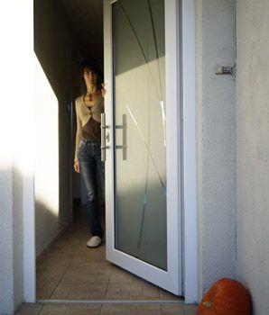 17 meilleures images propos de unaferm portes d 39 entr e for Installateur de porte et fenetre