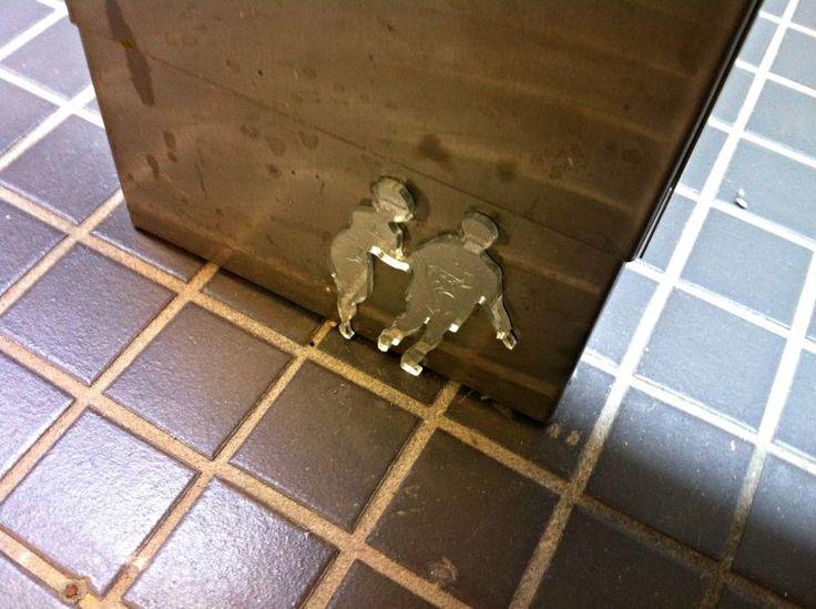 Encontrei arte até no bathroom/toilet