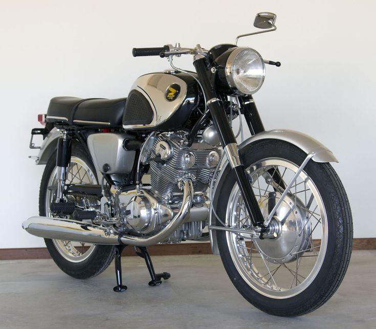 Spotless 1964 Honda Super Hawk 305 CB77