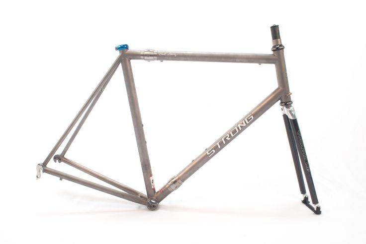 Carl Strong Custom 56cm 3/2.5 Titanium S  Travel bike for trips out west.