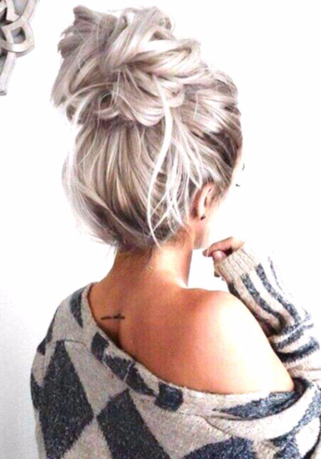 Le Chignon Flou Quelle Coiffure Adopter Selon Mon Signe Astrologique Coiffure Inspiration Cheveux Beaut Messy Bun Hairstyles Hair Styles Bun Hairstyles