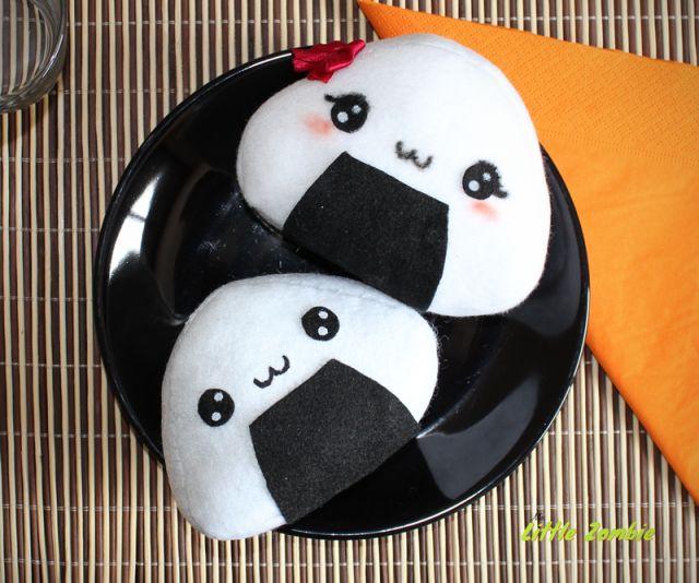 como-hacer-peluches-onigiri-kawaii