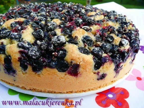 Easy cake with fruit