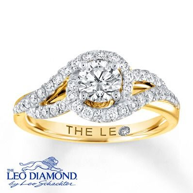 A visibly brighter Leo Diamond is the center of attention in this exquisite yellow gold engagement ring.